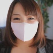 石田まなの立体マスク