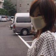 私服でエバーマスクを着用する上戸彩似の素人マスクギャルの緊縛浣腸調教動画