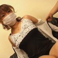 20歳の音大生マスク美人。力づくでアナルをこじ開け浣腸注入で強制ウンコ排泄脱糞プレイ!