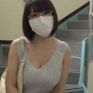眼鏡+ニットの調教志願のドMなプリーツマスクの巨乳人妻