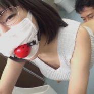 変態痴女な巨乳人妻をマスク&ボールギャグで拘束レイプ