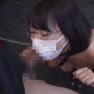穴の開いたマスクでマスクフェラ調教される淫乱人妻