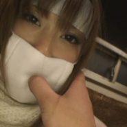 風邪の彼女にガーゼマスクをさせフェラチオをさせたりブッカケ顔射で変態プレイ