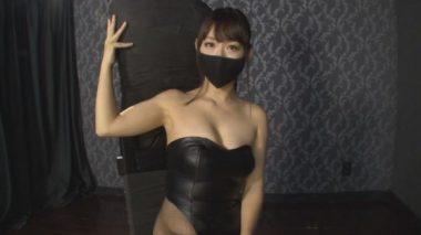 黒マスクを着用したSM嬢:源紗羅(みなもと さら)女王様