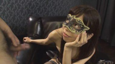 マスク・仮面をした青山梨果女王様の画像