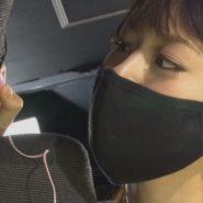 黒マスクをした女王様の横顔のフェチ画像