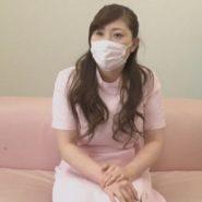 おっとりとしたマスクの巨乳歯科助手