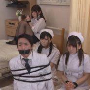 口をテープ塞がれ拘束監禁され病院内で人質となった女医と看護婦