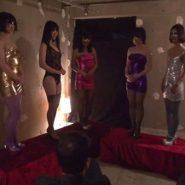 アナル奴隷美女達のオークション風景
