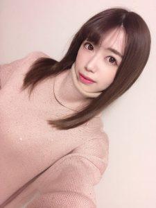 大人気の調教したくなるAV女優・大浦真奈美