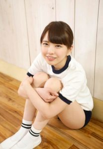 清純派な美少女AV女優の桜井千春の体操服ブルマ