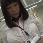 SOD社員の富田優衣を五感封じで中出し性感開発