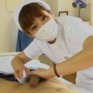優しい看護婦さんがオナニーのお手伝い