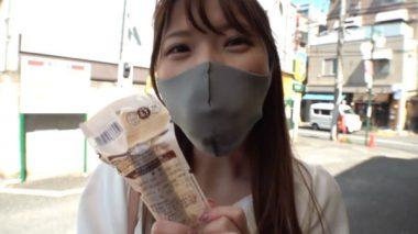 マスクの下に猿轡をし買い物に成功した七宮ゆりあ