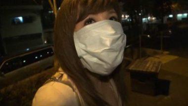 猿轡してマスクデートの彼女