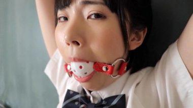 イメージビデオ・高橋未来の口枷シーン