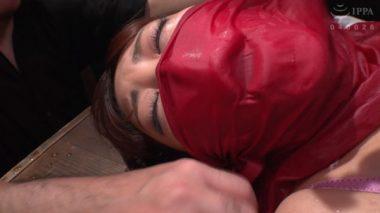 ブレスコントロール調教で濡れ布呼吸制御されている加賀美さら