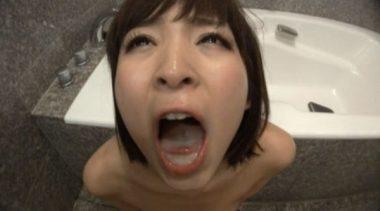 椎名ひかるの口内に溜めたザーメン