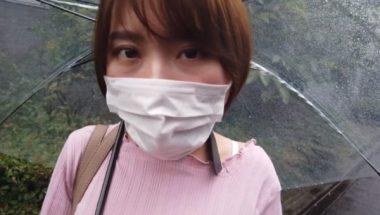 口枷マスクプレイで口元を覆い隠した志田紗希