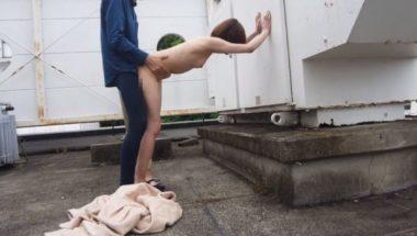 志田紗希とバックで青姦