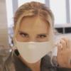 金髪美熟女の猿轡してマスクフェチ動画