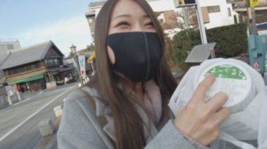 イラマスクをしながらお買い物チャレンジ調教されている佐伯由美香