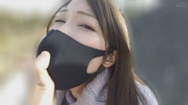 イラマスクで彼氏に調教される佐伯由美香